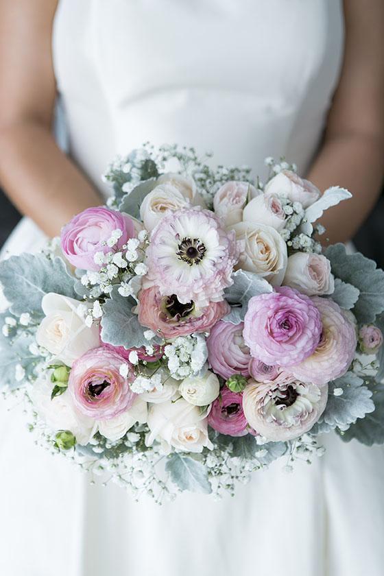 romantic bridal bouquet the white orchid floral design. Black Bedroom Furniture Sets. Home Design Ideas