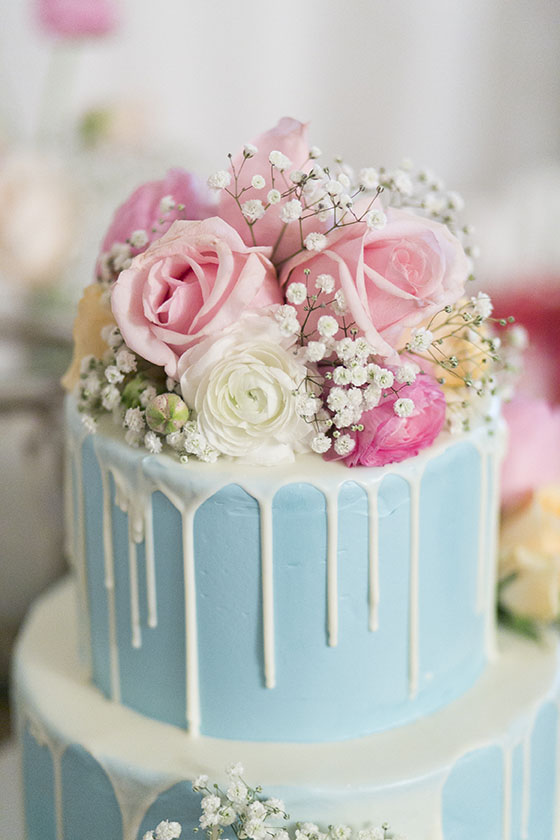 How To Make A Flower Cake Topper